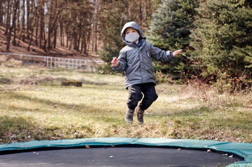 In 5 stappen een trampoline ingraven