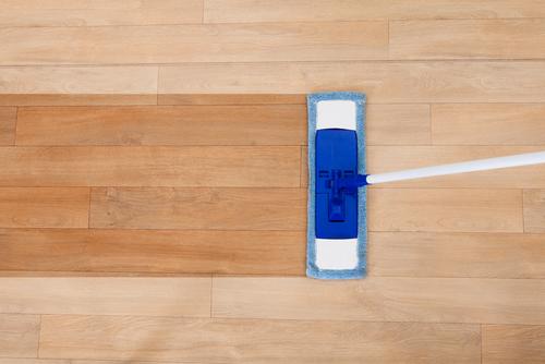 Zo kun je gemakkelijk je houten vloer reinigen