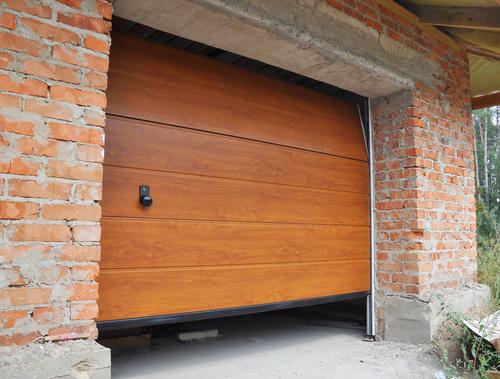 Zelf je garagedeur vervangen voor een elektrische garagedeur