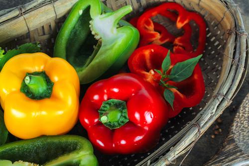 Zo kun je zelf paprika zaaien en kweken